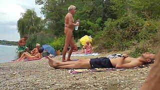 Nudist grandpa at the beach - 3