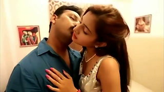 Desi girlfriend in saree – first night