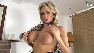Classy blonde British MILF toys her cunt nicely