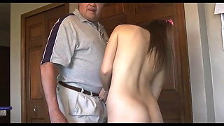 Old Matt Fucked Young Housecleaner