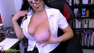 Mature librarian in fishnet stockings and short skirt Lulu masturbates her cunt