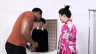 CHICAS LOCA - Sexy Japanese Miyuki Son rides black cock
