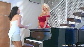Piano Pussy Practice