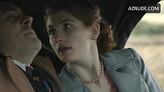 Jodie Whittaker handjob and sex scene