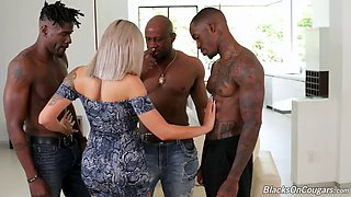 Sexy cougar gets gangbanged dp anal fucked by bbc