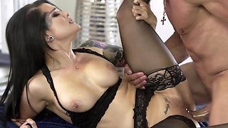 Marvelous Katrina Jade deals with great lover and doesn't regret