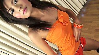 Thailand Teen Nan Solo Dancing