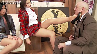An incredible foursome encounter along two gorgeous students