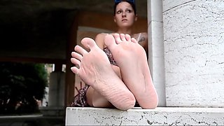 Decameron XXXII - Naked and Barefoot Italian Whores