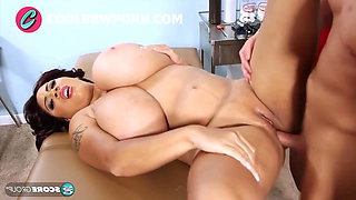 ebony with huge boobs fucks with the doctor