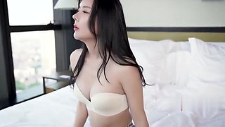 Fair-skinned woman shower and driver sex