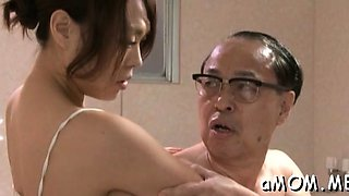 Frisky asian Reiko Nakamori fucks so nicely