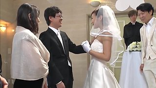 Best Man Takes Bride In Japanese Wedding 1