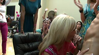 Big dick stud at the hair salon blown by lots of lusty ladies