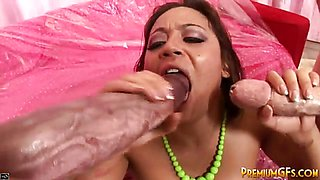 Hot Brunette gets Hardcore Play