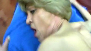 Geschaftsfrau -62- Bediene meine gierigen Locher