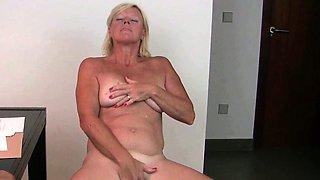 Grandma has her hardest orgasms in pantyhose
