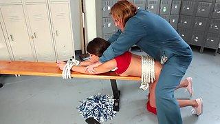 School janitor loves molesting this teenage cheerleader