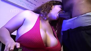 Wife creampied at work