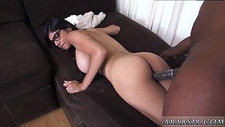 Tight arab pussy and cock first time Mia Khalifa Tries A Big Black Dick -