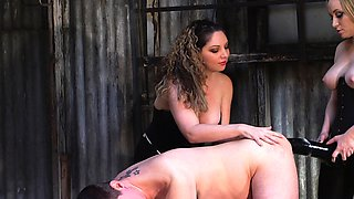 Kiki and Aiden use a massive black toy to peg a sissy boy!
