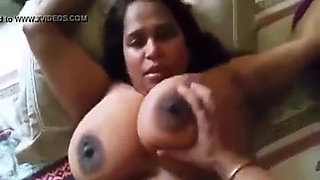 Busty Indian Aunty