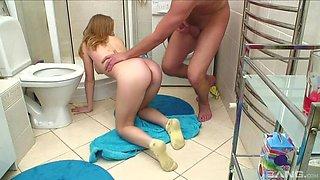 Seducing yellow-haired Serina