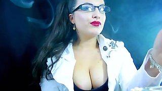 Smoking alexya 2