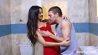 Turned stud on tanned brunette babe Eliza Ibarra gets busy with riding cock