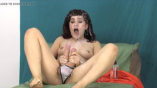 Hermaphrodite cum to face from both own cocks