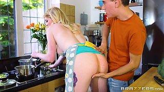 The Kitchen Helper