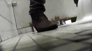 Fetish Bathroom rub hidden cam