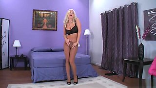 BRITTANY ANDREWS' PANTYHOSE TEASE 2