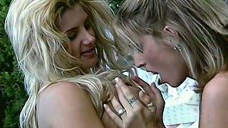 Sensational blondies with natural big breasts start FFM threesome